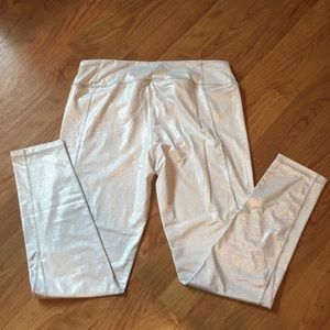Victoria's Secret Pants - Victoria's Secret shiny leggings